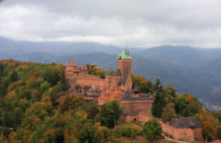 Castle in the Vosges © Matthias Stelzig